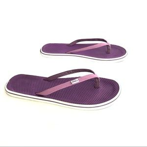 47ad66511415 Vans Shoes - 👗Vans La Costa Flip Flops Purple Size 10